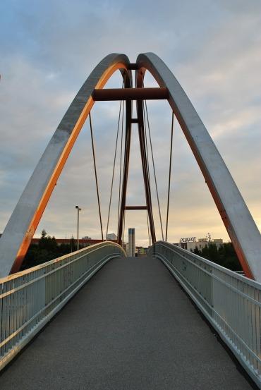 bridge-600510_1280